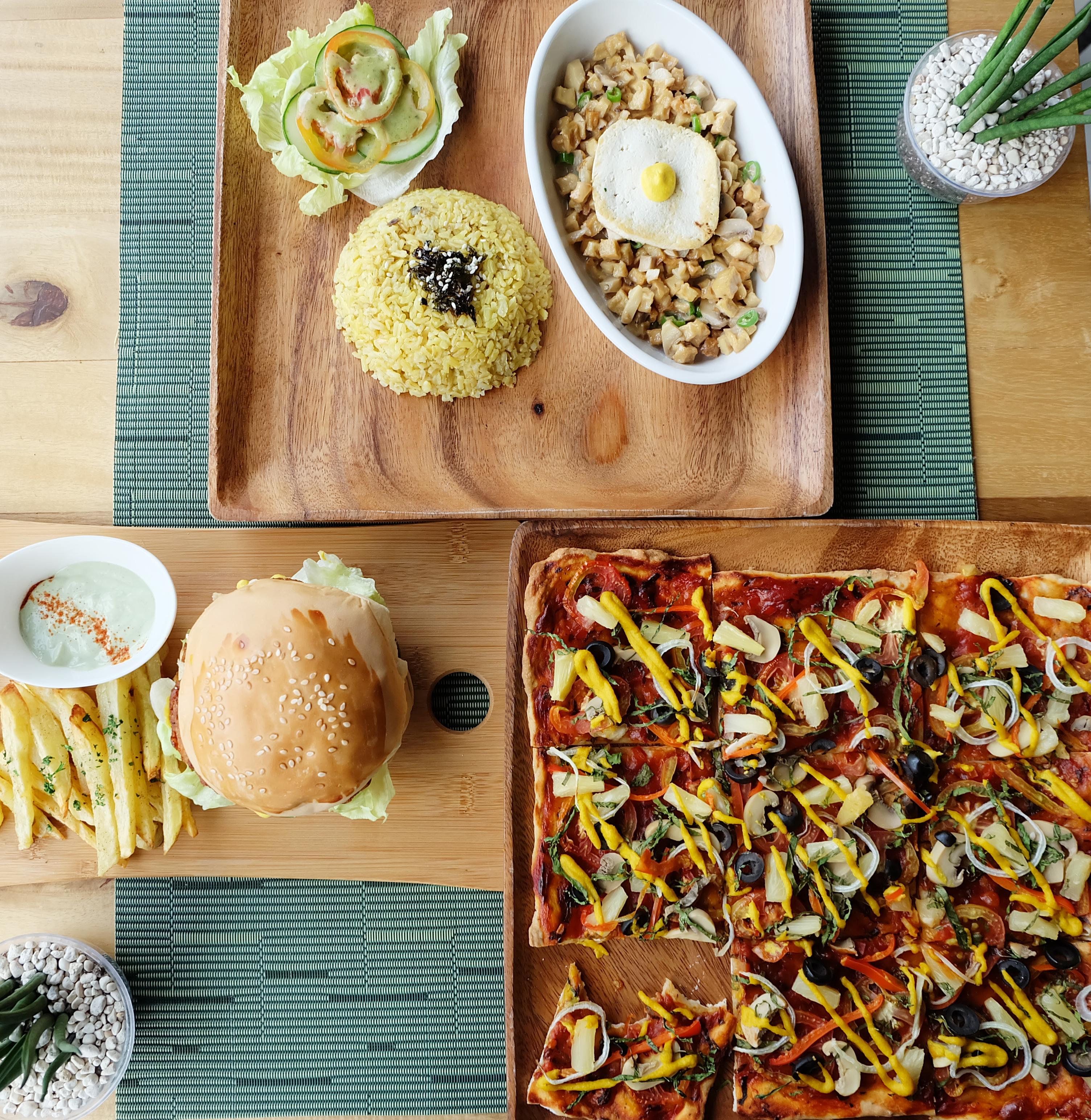 Enjoyable Greens @ Lun-Haw Vegan Cafe