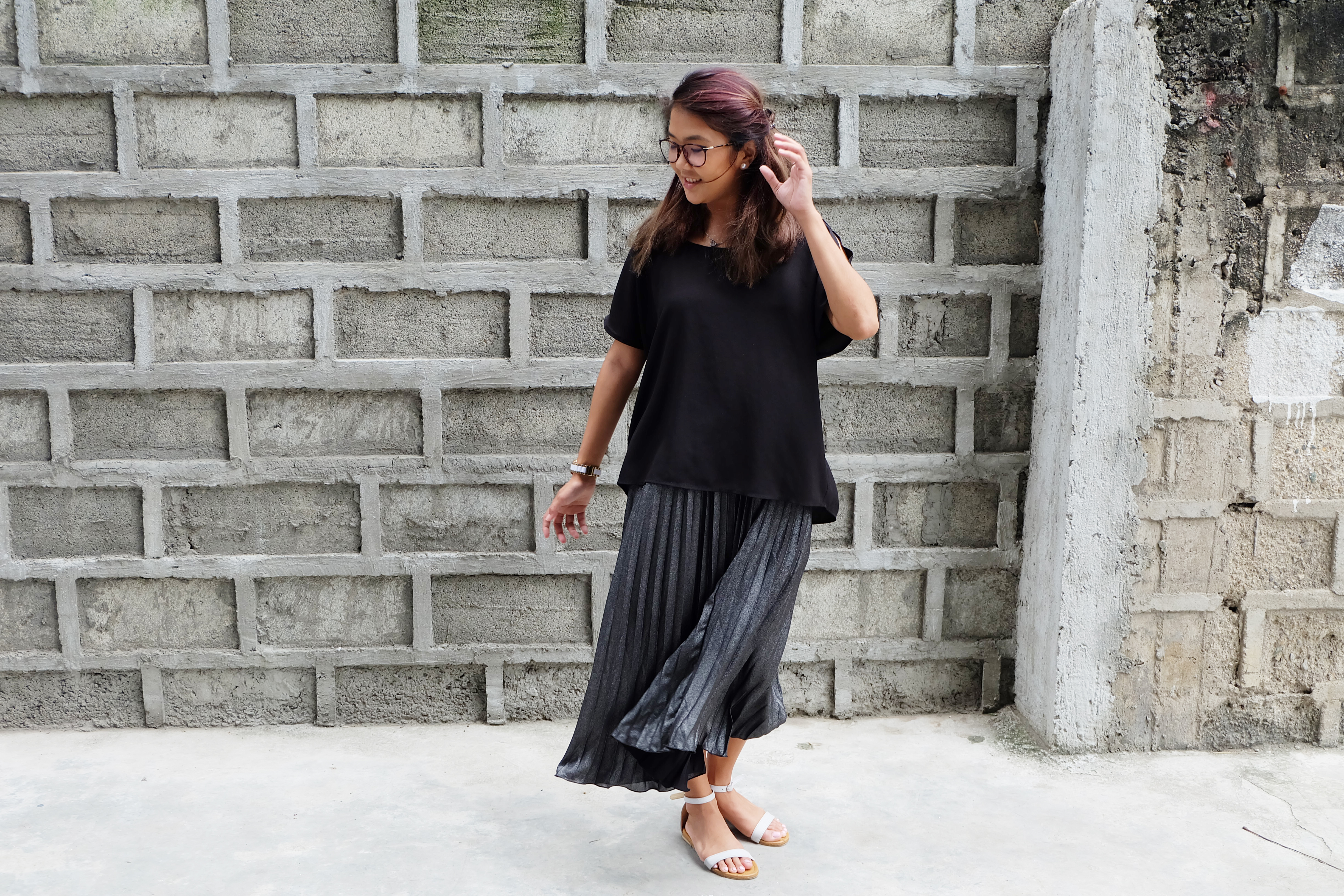 How To Style: Metallic Pleated Skirts